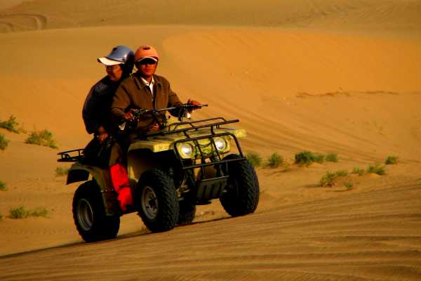 Dune buggy desert ride in Dunhuang