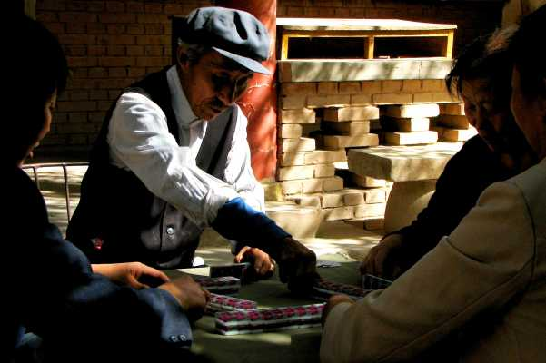 Mahjong in the White Horse Pagoda in Dunhuang