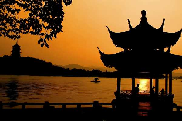 Sunset at West Lake in Hangzhou